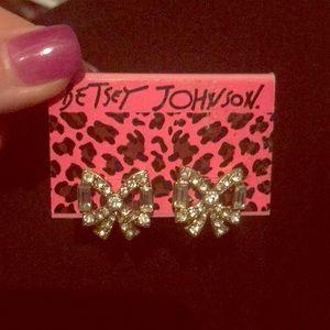 NWT Betsey Johnson Bow Earrings